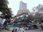 Sensex Closes Below 52 550 Points Nifty Down To 15