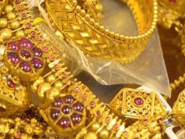 త్వరపడండి!!: దీపావళి నాటికి రూ.40,000 బంగారం