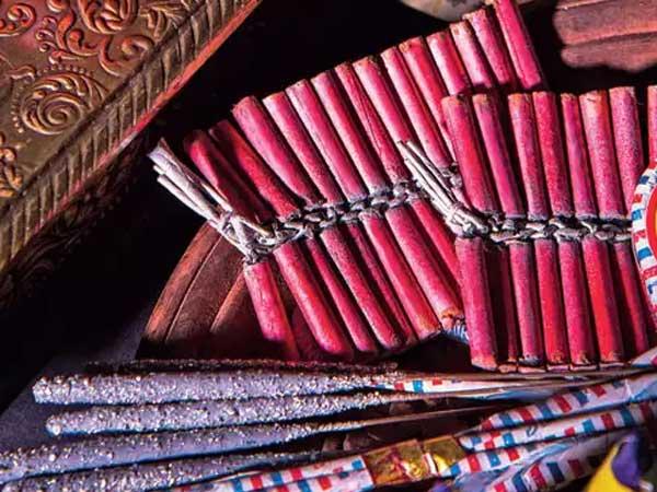 దీపావళి సేల్: పండుగ సీజన్లో చైనాకు రూ.40,000 కోట్ల భారీ నష్టం!