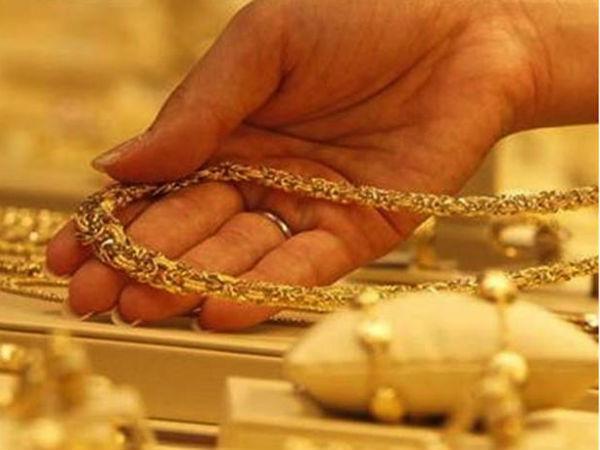 Gold price today: స్వల్పంగా పెరిగిన బంగారం ధరలు: వెండి రూ.67,000కు పైనే