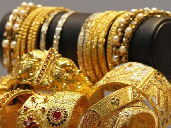 Gold prices today: భారీగా లాభపడిన అనంతరం నేడు తగ్గిన బంగారం ధరలు