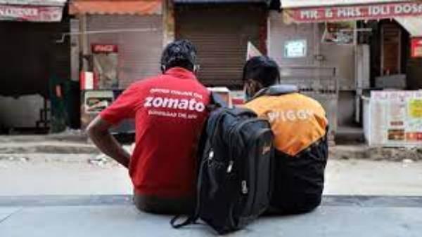 GST Council: ఆ బాధ్యత ఇకపై స్విగ్గి, జొమాటోలదే