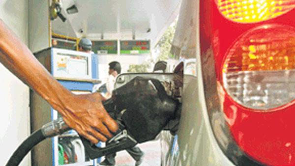 Petrol diesel prices: పెట్రోల్, డీజిల్ ధరలు మళ్లీ పెరిగాయి, హైదరాబాద్లో రూ.112కు
