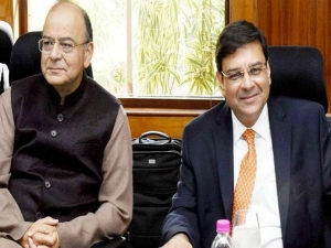 Rbi Chief Urijit Patel Defends Monetary Policy