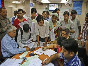 Crore Indian Adults Don T Have Bank Account World Bank