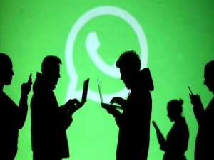 Whatsapp New Features Hacked