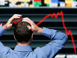 Sensex Plummets Over 800 Points On Sinking Rupee Weak Globa