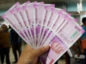 Centre Hikes Da 3 Benefit 1 1 Crore Employees Pensioners