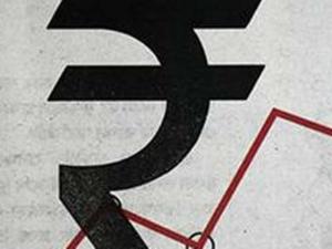 Rupee Gains 25 Paise Against Us Dollar