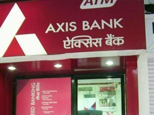 Axis Bank Lays Off Over 50 Mid Level Managers Report
