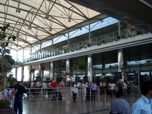 Hyderabad S Rajiv Gandhi Airport Ranked Among Top 10 In The World