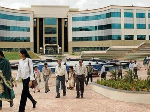 Infosys Makes Hyderabad Employees Pay For Parking Activists Say It Is Against Law
