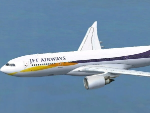 Hdfc Puts Jet Airways Mumbai Office Space For Sale