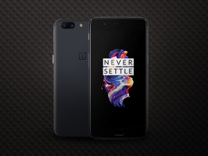 Oneplus Plans To Open Its Biggest Global Store In Hyderabad