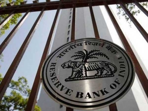 Rbi Slaps Penalty On Vodafone M Pesa Phonepe And 3 Others