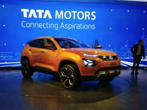 Tata Motors Reports A Consolidated Net Loss Of Rs 28 826 Cr