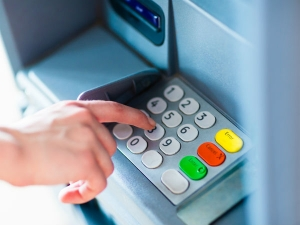 Number Of Atms Decreases Rbi Says Clients In Trouble