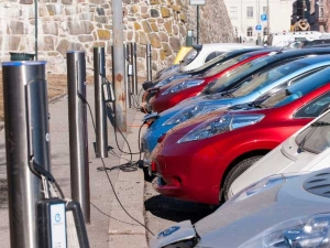 Electric Vehicles Could See Lower Gst And Road Taxes