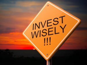 Things To Consider Before You Make Investing Decisions
