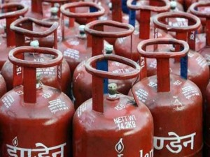 Oil Companies Setting Up 60 Lpg Bottling Plants Under Ppp Mo