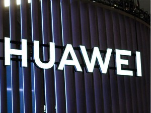 Chinese Social Media Users Are Rallying Behind Huawei Some Say They Are Switching