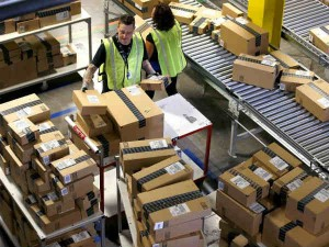 Over 2 000 Amazon Workers Go On Strike Over Low Pay In Germany Report