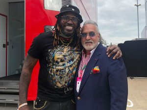 A Picture Of Vijay Mallya With West Indies Batsman Chris Gayle Has Gone Viral