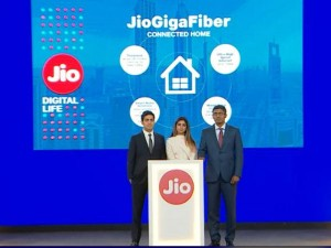 Reliance Jio Gigafibre Price Services All You Need To Know