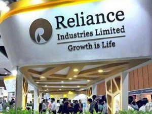 Reliance Industries Profit Rises 6 8 In June Quarter