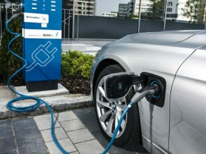 Eesl Inks Pact With Apollo Hospitals To Install Electric Vehicle Charging Stations