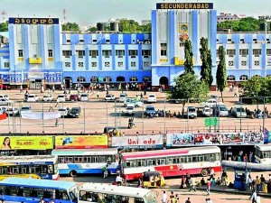 What Are The Penalty Rule For Stay In Railway Station After Time