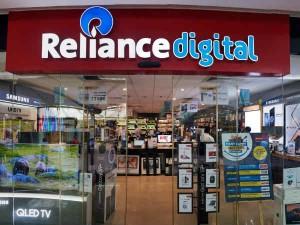 Oneplus Launches Tv Offline Through Reliance Digital