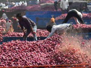 Centre To Facilitate Onion Imports As Retail Price Hits Rs 80 A Kg
