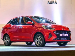 Hyundai Aura Compact Sedan Revealed