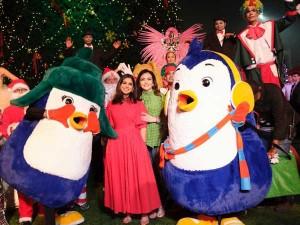 Isha Ambani And Nita Ambani Celebrate Christmas With 4 000 Children From Ngos In Mumbai