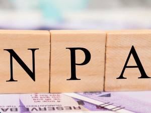 Npa Ratio At 9 1 Banks Npas Decline For First Time In 7 Years
