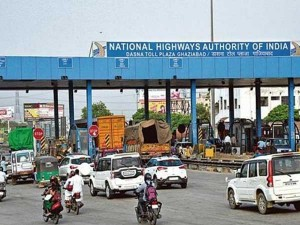 Confusion Galore Cash Rules Eway On Fastag Roll Out Day