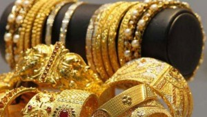 Gold Hits Lifetime High Of Rs 40 842 To Get Costlier