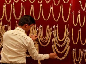 Budget 2020 Jewellers Want Cut In Import Duty Of Gold And In Income Tax