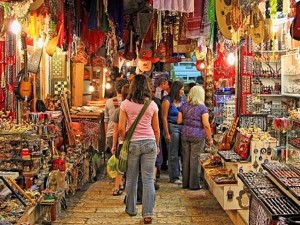 Mumbai Allows All Night Shopping Can It Lift India S Ailing Economy