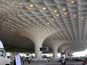 st In 11 Years No Of Passengers Falls At Igi Mumbai Airports