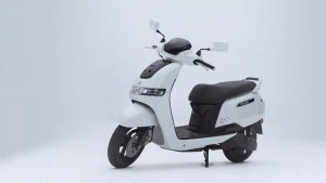 Tvs Launches Electric Scooter Priced From Rs 1 15 Lakh
