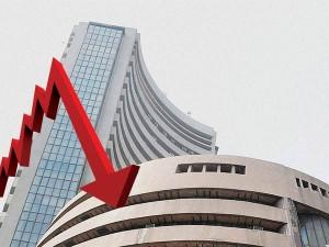 Market Nifty Opens Below 8 400 Sensex Down 900 Points
