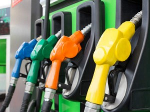 Covid 19 Impact Lockdown Slashes Oil Demand By 70 In India