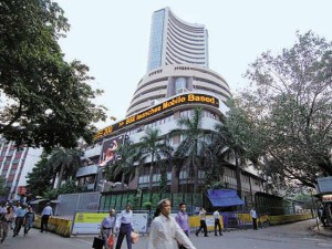 Sensex Falls As Rbi Says Fy21 Gdp Growth To Be In Negative Territory
