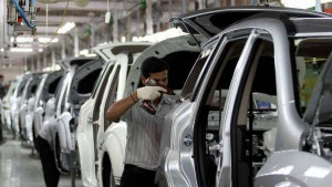 No Salary Cut During Lockdown Carmakers Hand Out Pay Hikes And Promotions