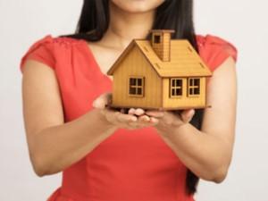 Home Sales Plummet 67 Percent In June Quarter