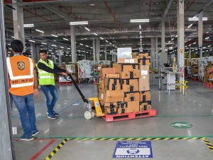 Warehouse Demand In India May Rise As Ecommerce Firms Target Sameday Delivery