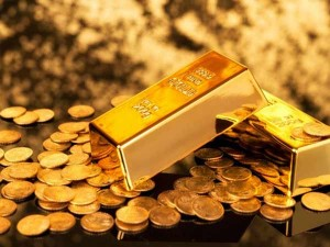 Gold Price Sets Fresh Record Amid Market Uncertainties