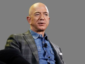 Amazon S Jeff Bezos Becomes The First Person Ever Worth 200 Billion